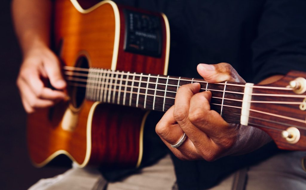 """Top 5 Tips for a Beginner Guitarist 